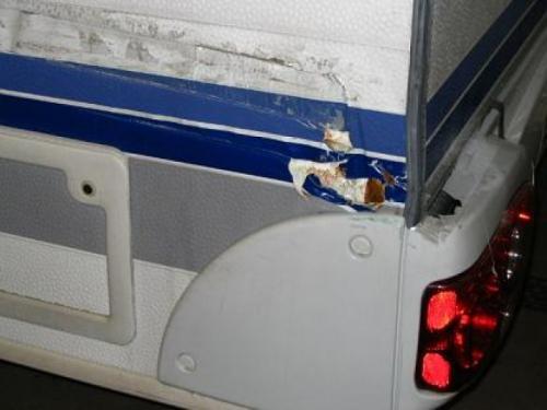 schade caravan reparatie 1